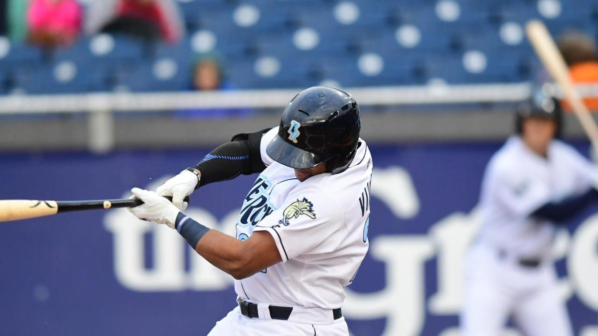 Meibrys Viloria Hits A Grand Slam In Blue Rocks 11-5 Win Vs Potomac